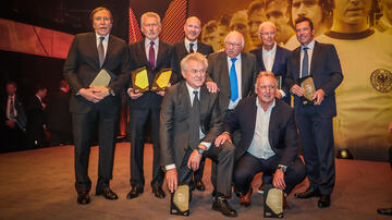 Die Gründungself der HALL OF FAME bei der Gala am 1. April 2019 in Dortmund